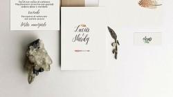 Partecipazioni calligrafiche per un matrimonio bohemién